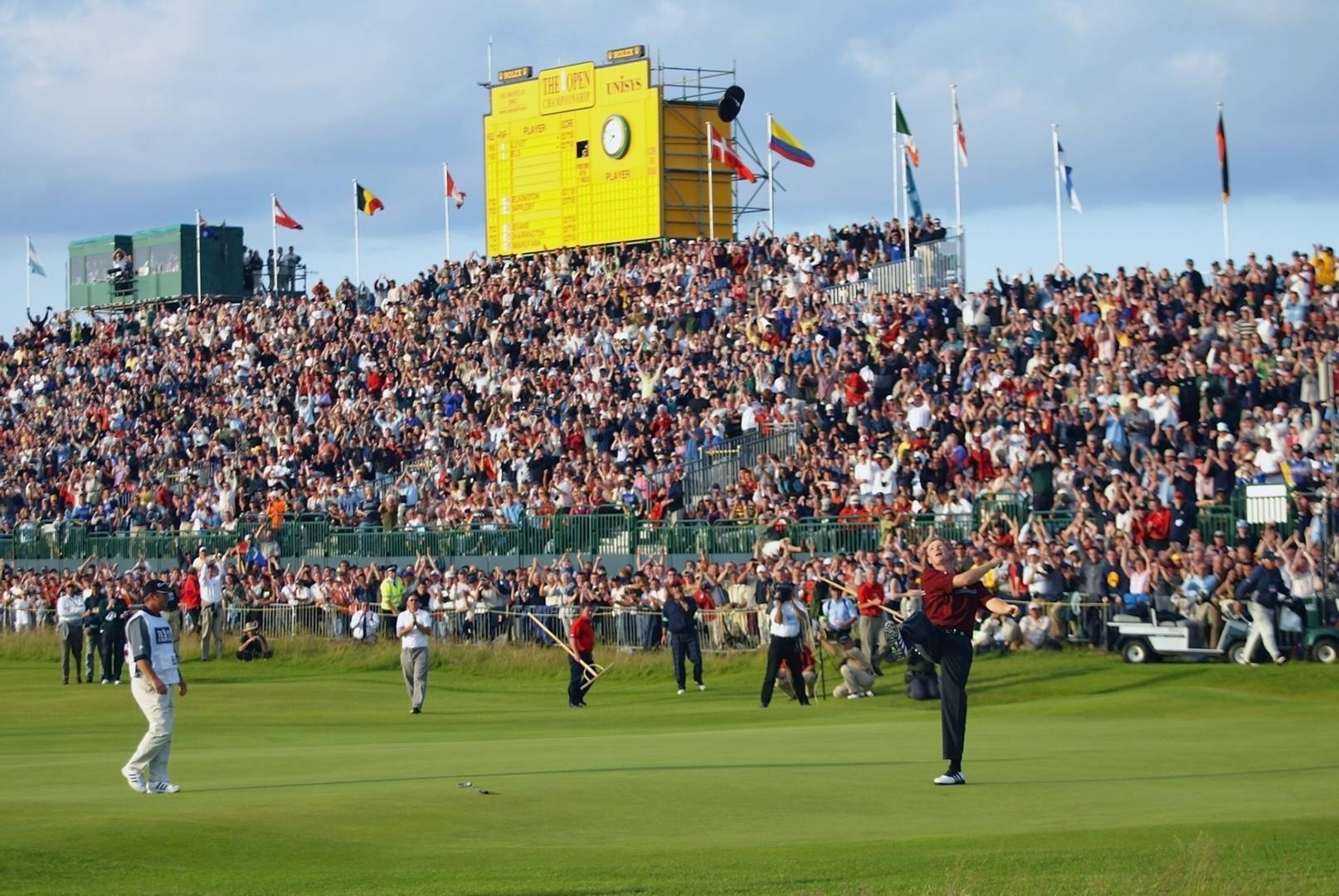 Ernie Els wins The Open in 2002