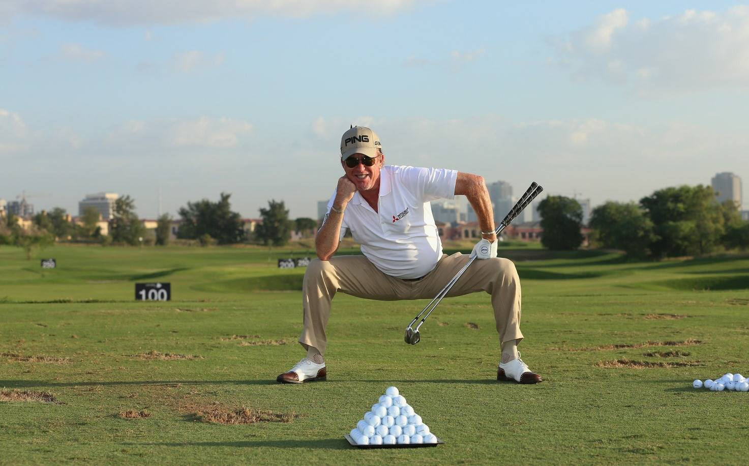 Miguel Angel Jimenez stretch